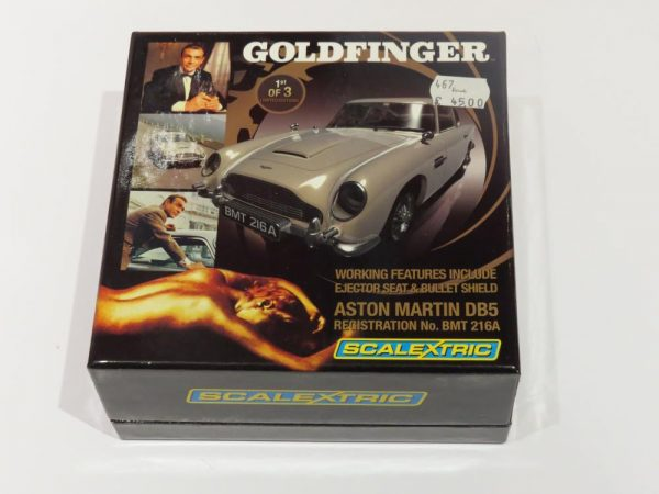 SCALEXTRIC ASTON MARTIN DB5 CAR AS SEEN IN JAMES BOND GOLDFINGER