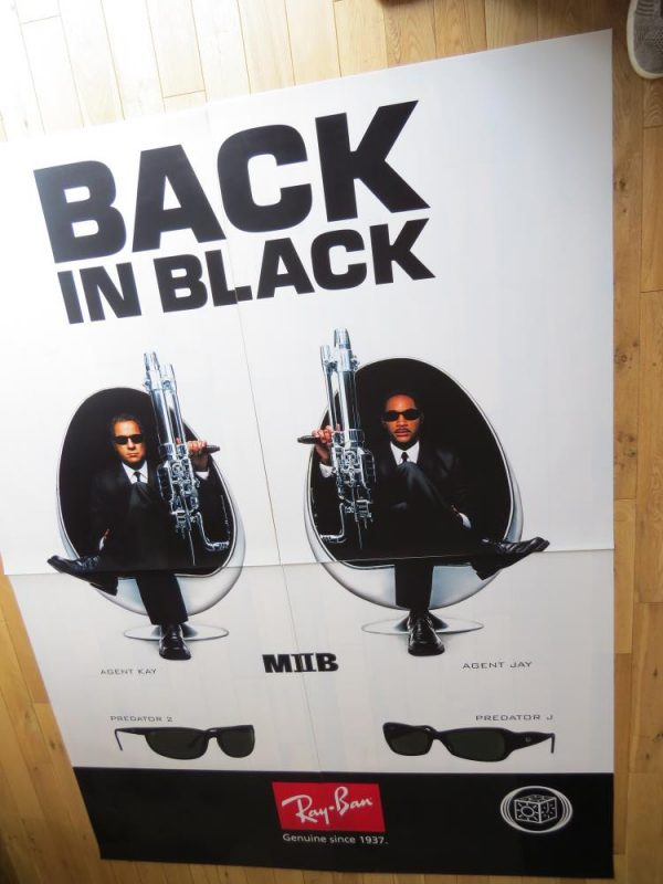 MEN IN BLACK 2 MYLAR 4 PIECE   RAY BAN PROMOTIONAL MOVIE POSTER
