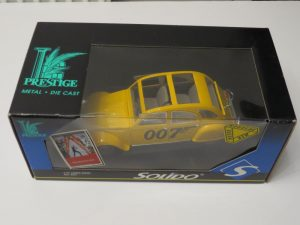 BOND 007 | FOR YOUR EYES ONLY | 1/18 CITROEN 2CV | SOLIDO