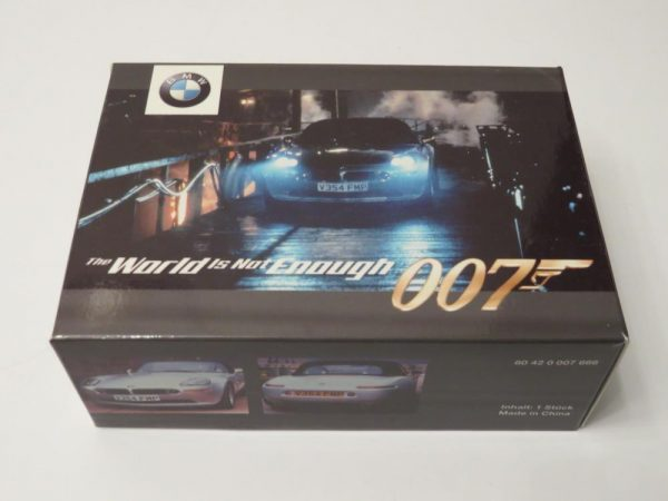 007 Bond | The World is Not Enough | BMW Z8 Dealership Exclusive Model