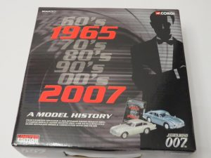 CORGI CC93989 | 007 Bond Casino Royale and Goldfinger | A Model History Set