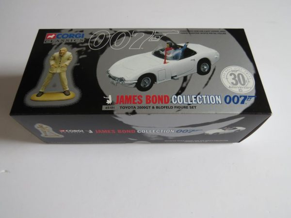 CORGI CLASSICS JAMES BOND  007  TOYOTA 2000 GT AND BLOFELD FIGURE SET