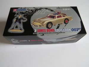 Corgi Classics 007 James Bond Gold Aston Martin DB5 and Oddjob figure set 20 th anniversary set