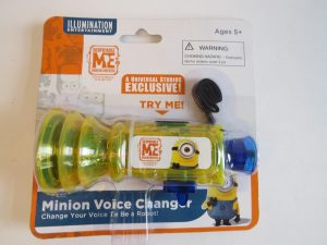 DESPICABLE ME MINION VOICE CHANGER.UNIVERSAL STUDIOS EXCLUSIVE