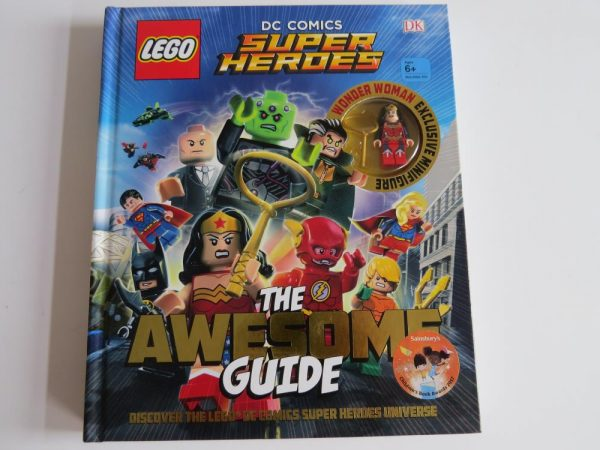 LEGO DC COMICS SUPER HEROES BOOK
